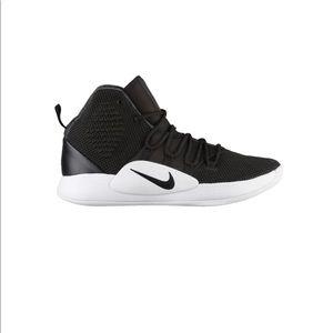 NWT Nike Hyperdunk Size 22 Black/White